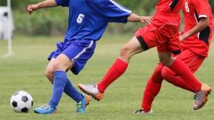 サッカーのサイドハーフに必要なドリブルの技術とは?